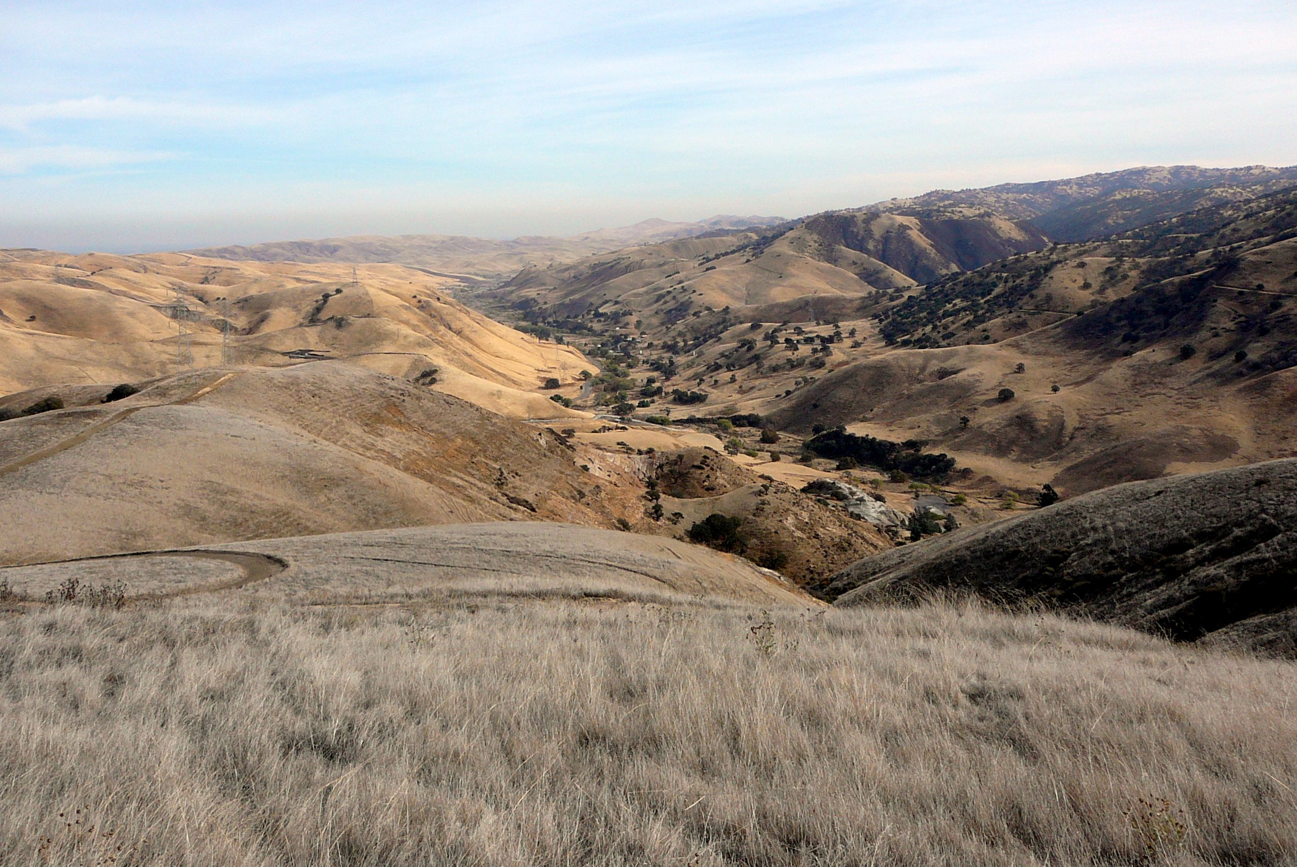 looking-east-down-corral-hollow-canyon-from-top-of-tesla-mine